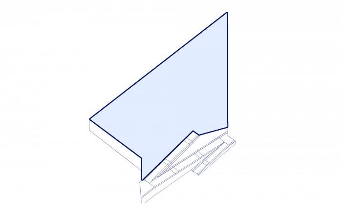 Двір розміщений на плиті стилобату та має складну форму / Територія ЖК 'San Francisco'