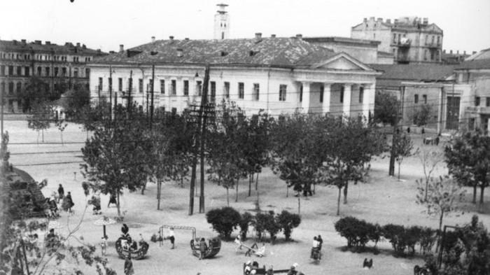 1940 / «Нова Контрактова»