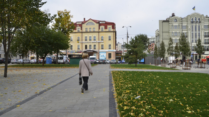 / Renovation of garden #3 at Square of contracts