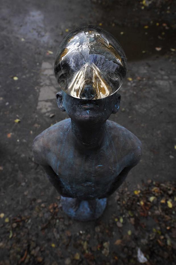 """Одна з найвідоміших скульптур учасника дискусії Назара Білика """"Дощ"""", що знаходиться на Пейзажній Алеї в Києвіиться на Пейзажній алеї"""