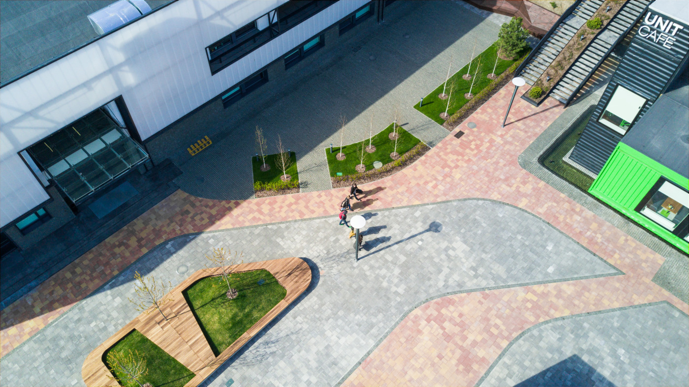 /  创新园区——单位城